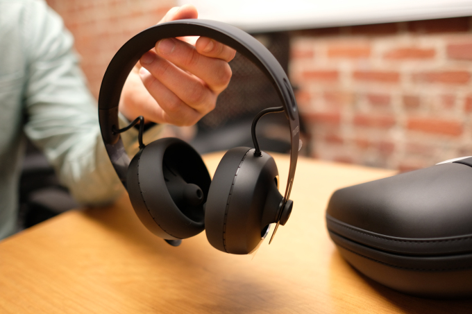 Nura's sound adapting headphones are now available for $399