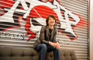 Facebook's Building 8 head, Regina Dugan, is leaving the company