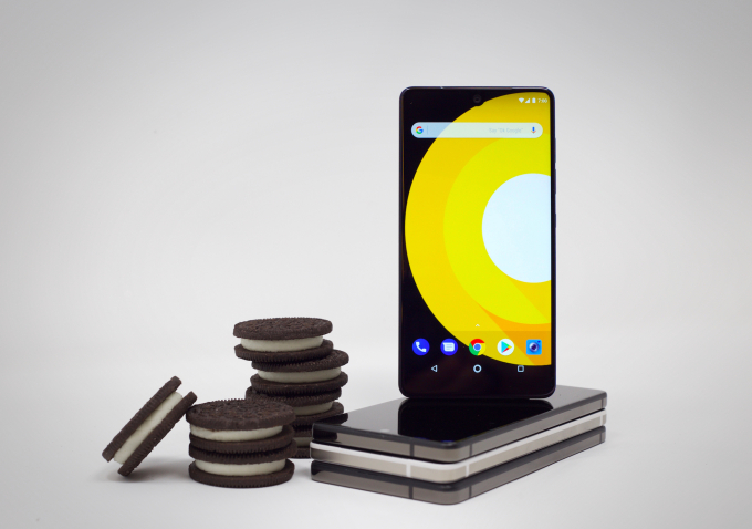 Essential offers up an Android Oreo beta for the Essential Phone