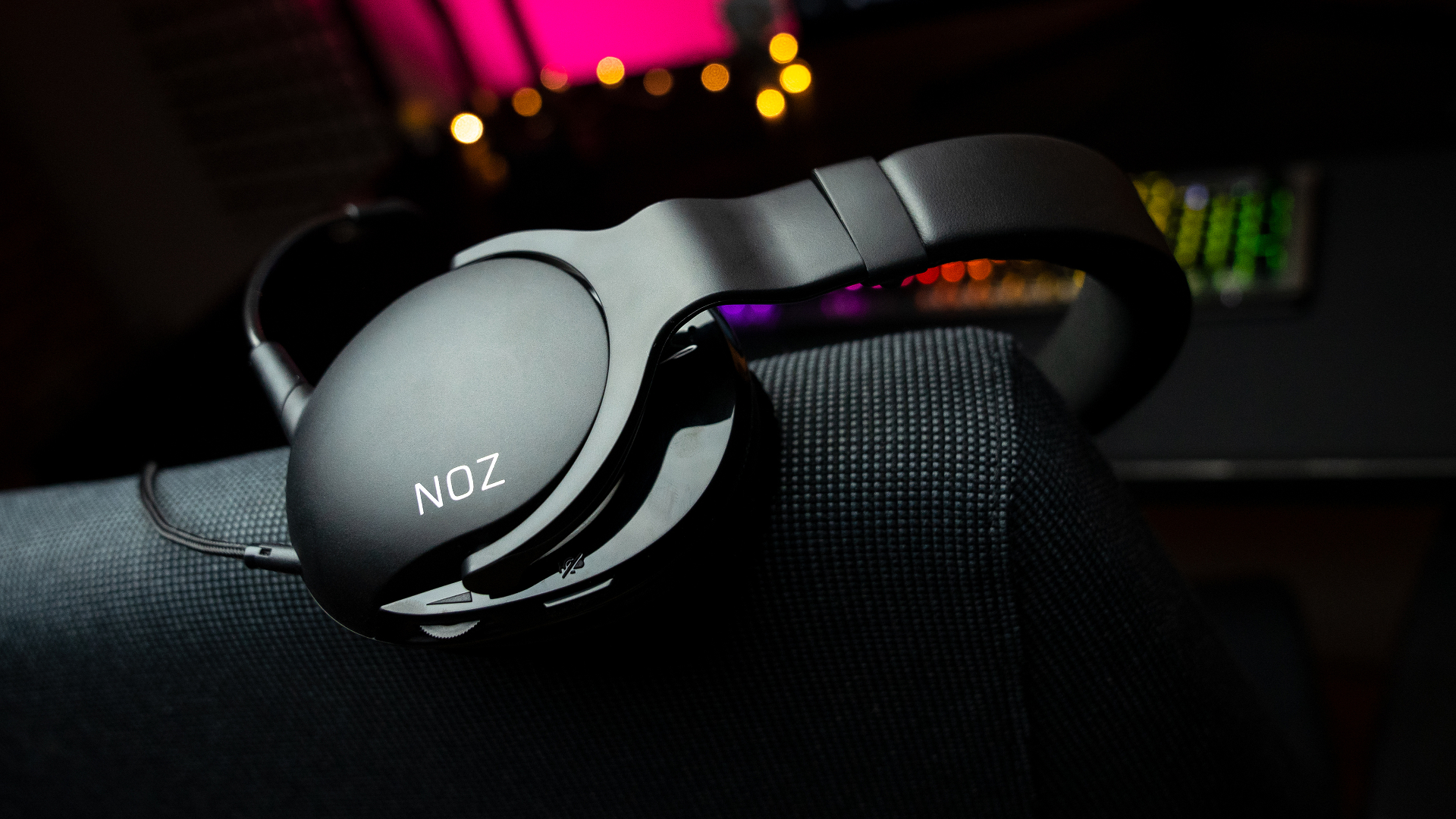 Roccat's comfort-focused Noz gaming headset won't give you any earaches