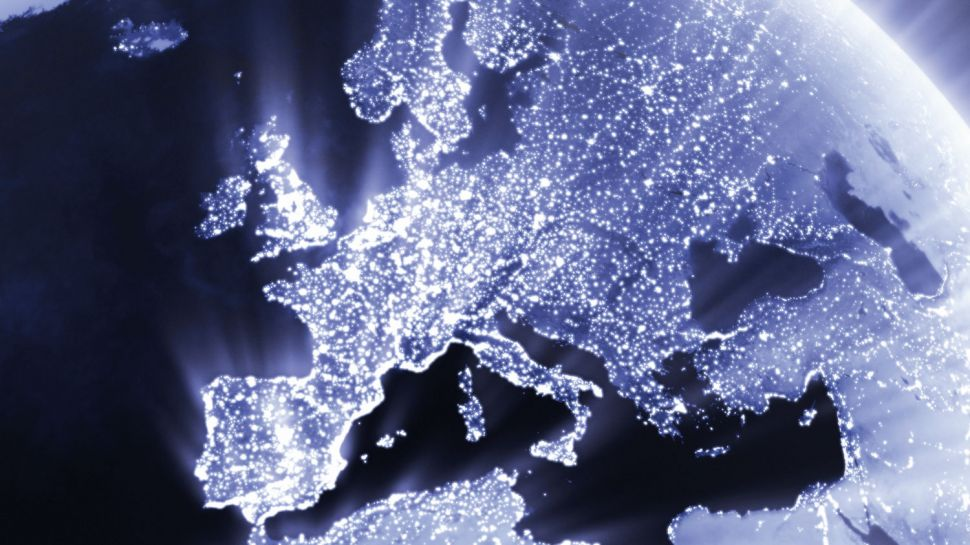 How can operators help MVNOs cope with data growth at home and abroad?