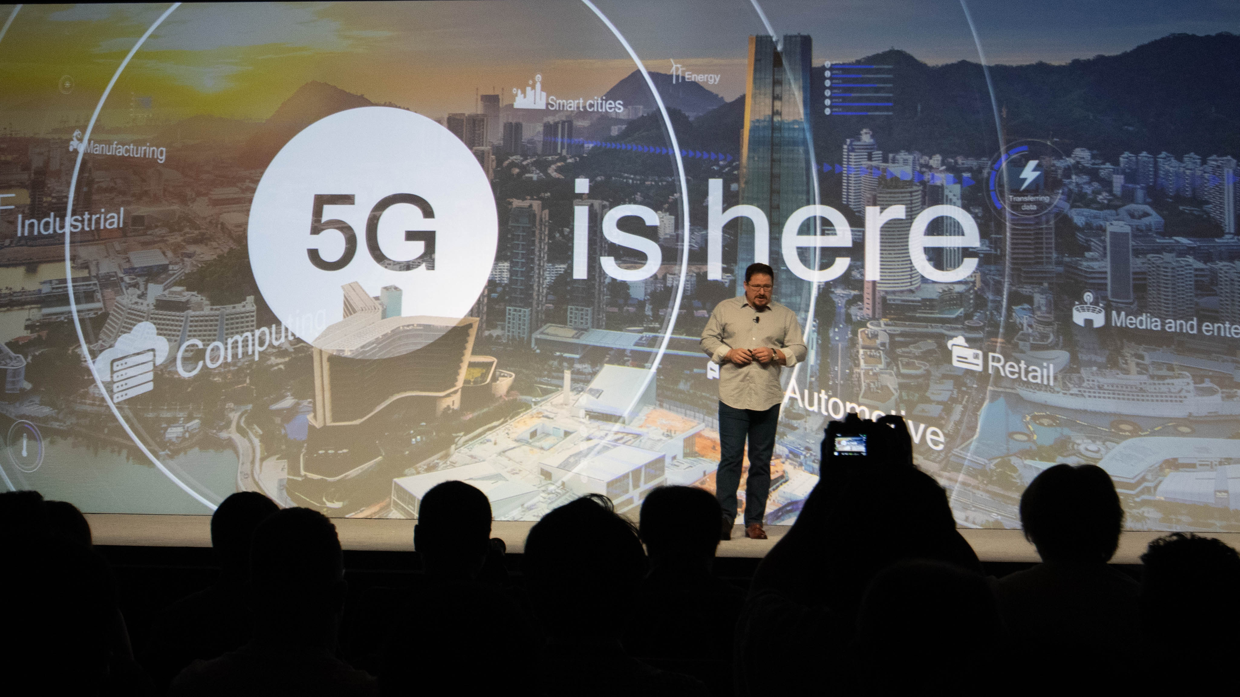 Here's the first 5G smartphone and, no, you can't buy it